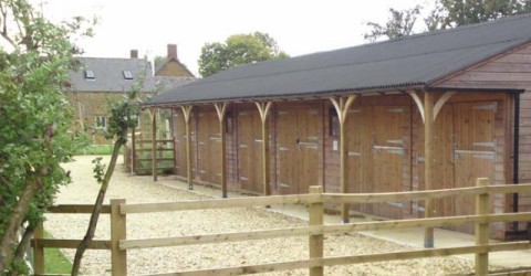 bespoke-run-of-stables